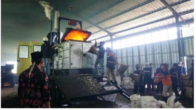 Photo of Atasi Persoalan Sampah, Pemkab Bayumas dan Indopower International Bangun Pembangkit Listrik Tenaga Sampah