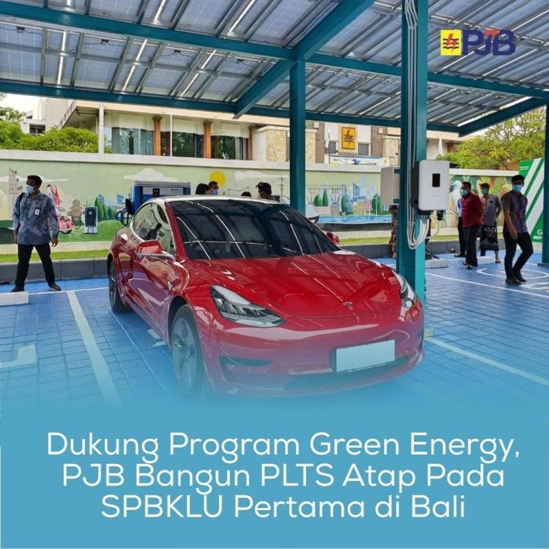 Dukung Program Green Energy, PJB Bangun PLTS Atap di SPBKLU Bali