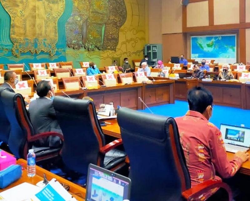 RDP Komisi VII DPR RI, Undang PLN Hingga Len Industri